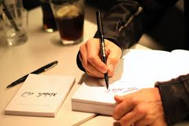 How to Autograph Books: Book Signing Tips for New Authors